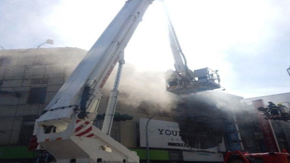 「消防車沒水來幹嘛」 民眾外行辱罵傷警消