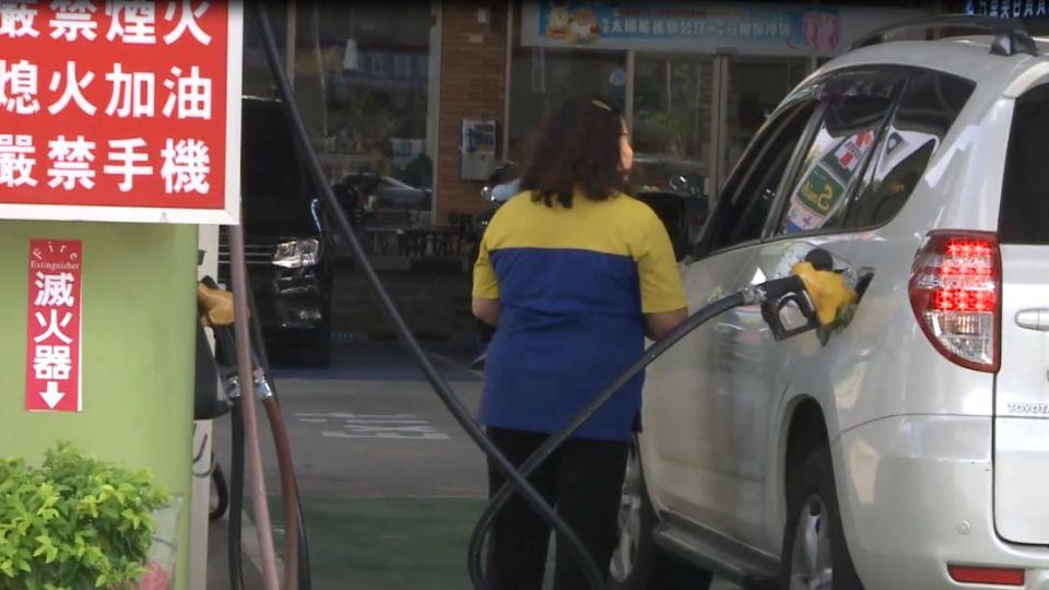 自助加油站結合超商經營 共生經濟吸客