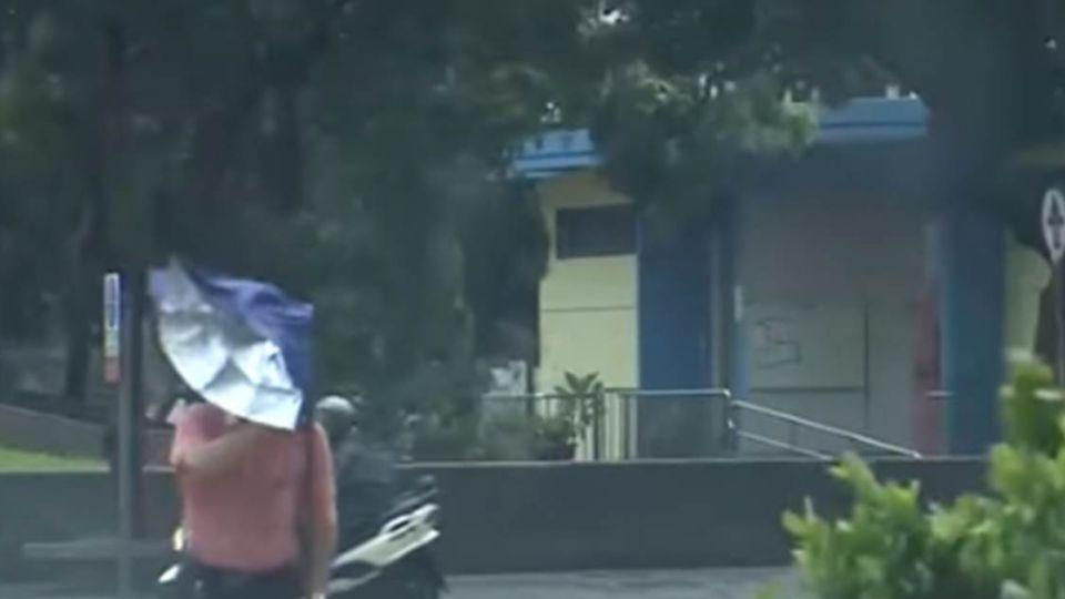 教師節遇颱風來攪局「能補假」?勞動部已經有答案!