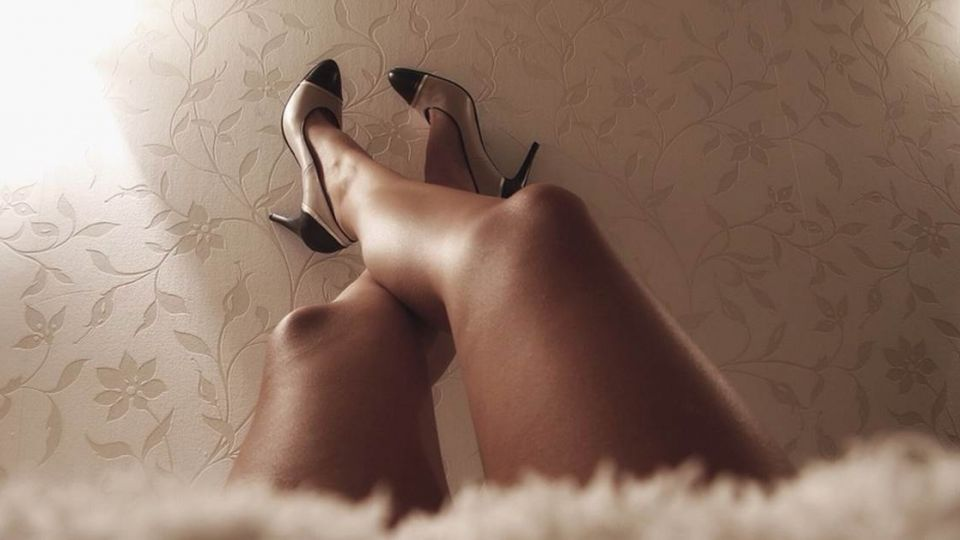 男生不懂的痛!不只生小孩 「蹬高跟鞋」不輸古代裹小腳