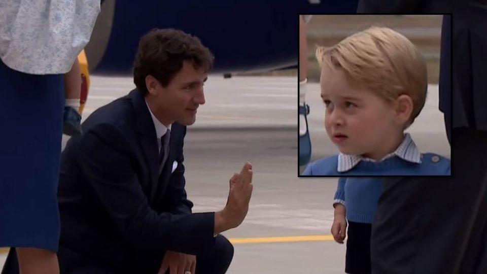 最帥總理杜魯道「跪求」擊掌 卻遭喬治小王子霸氣忽視