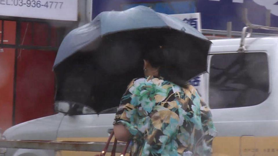 芙蓉颱風可望北轉 對台影響下周一明朗