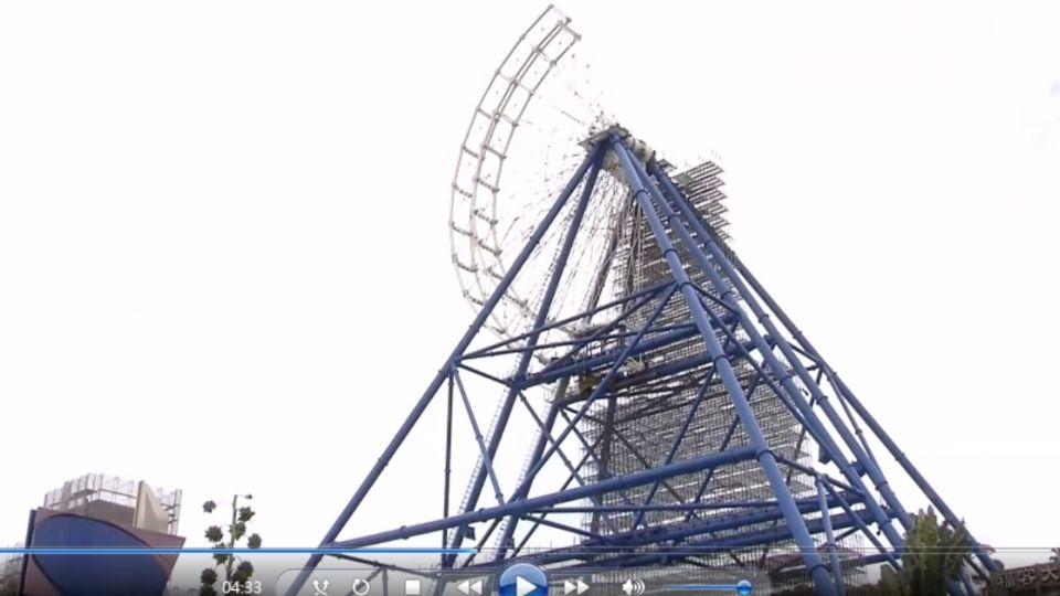 麗寶樂園摩天輪興建中 工人九米高墜落