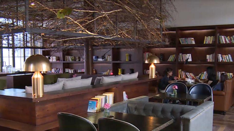「最美咖啡館」有請米其林廚師新西餐上菜