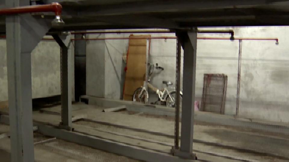 潛社區地下室竊車 小偷落網辯「懶得走路」