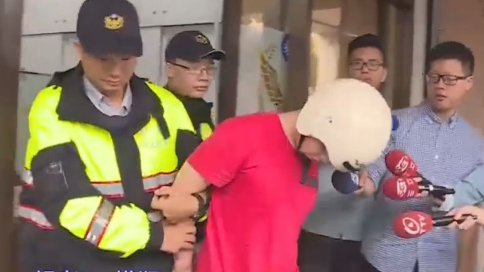 失業男持刀隨機劫婦 熱心民眾追捕壓制