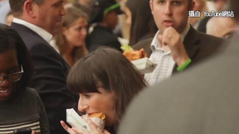 帶血味素肉漢堡 美國消費者:起來像真肉