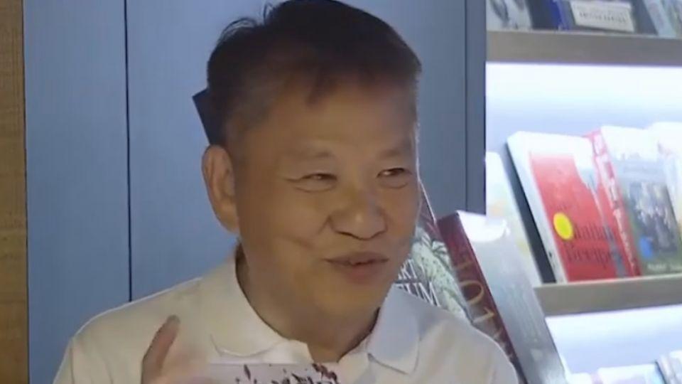 戴勝益淡出集團開書店  多年好友吳寶春站台!