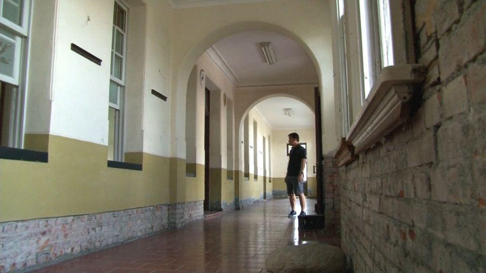 阮家洋樓120年歷史骨董家具遭竊 損失難估計