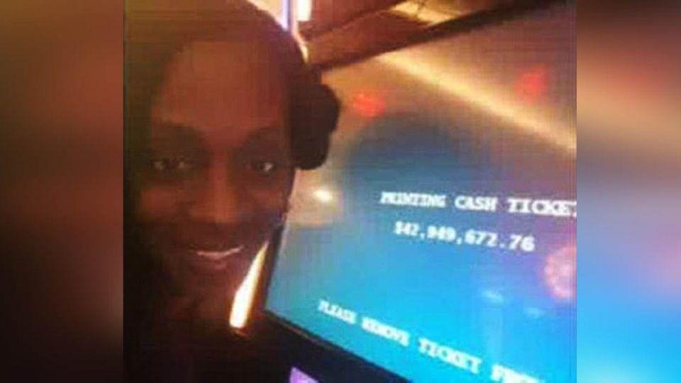 太瞎!她玩吃角子老虎中13億 賭場賴帳「獎金變牛排」