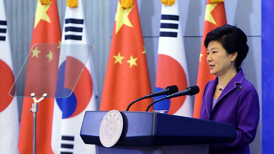 三星媒體緊咬「閨密干政」 朴槿惠支持度剩9.2%
