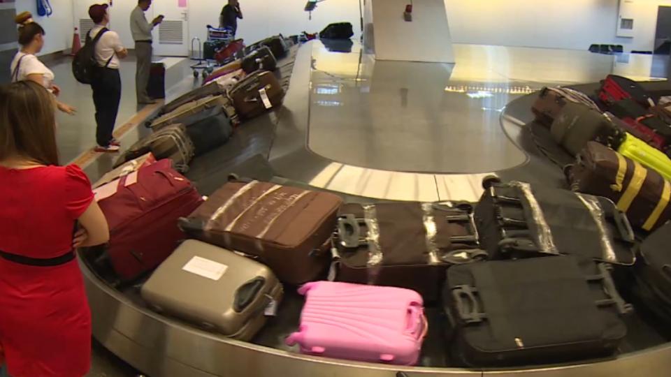 機捷返程「無行李託運」 旅客行李得拎上車
