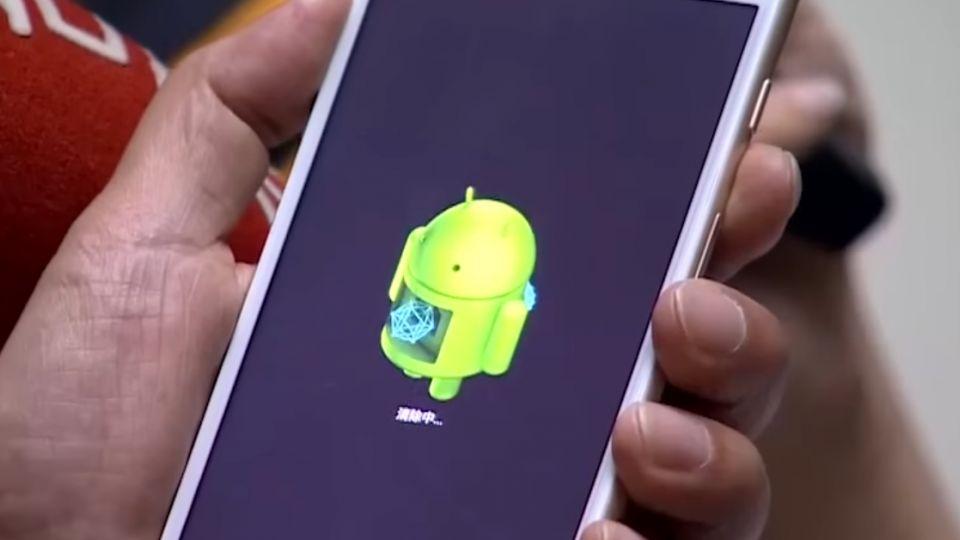 假iPhone流市面 重置竟跳出「安卓小綠人」