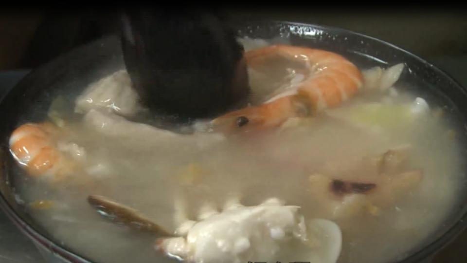 只要銅板價!海產粥吃得到螃蟹 顧客:好划算