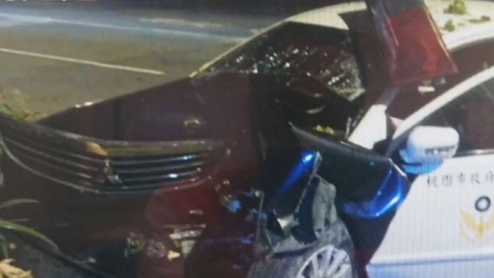 酒駕不想被抓加速落跑 害警自撞命危