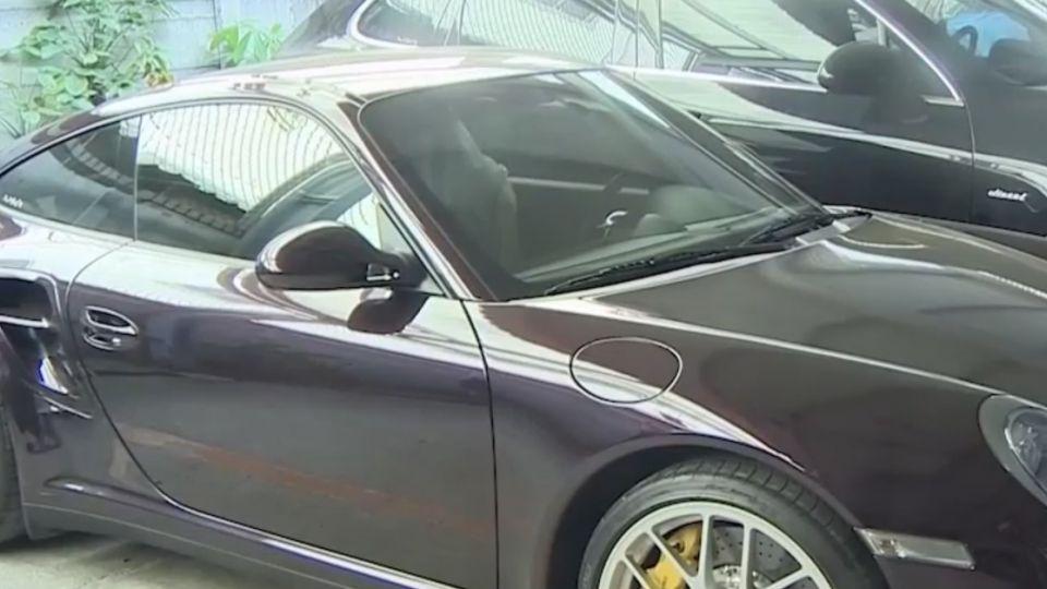 保時捷葉子板遭撞凹 板金烤漆車廠估價賠5萬