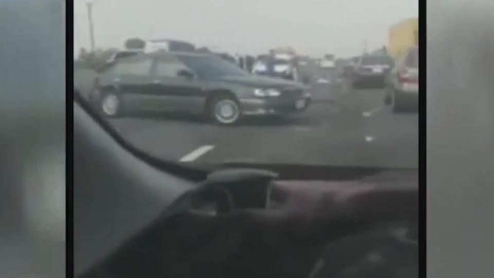 統聯客運國道追撞12車 造成15人輕重傷