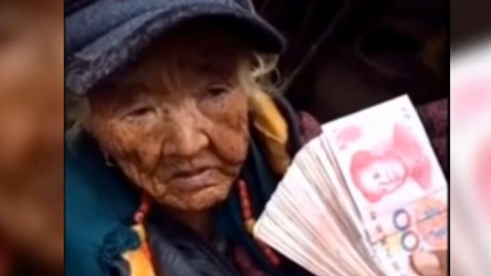 網紅假慈善 「直播發錢再回收」賺網友捐款