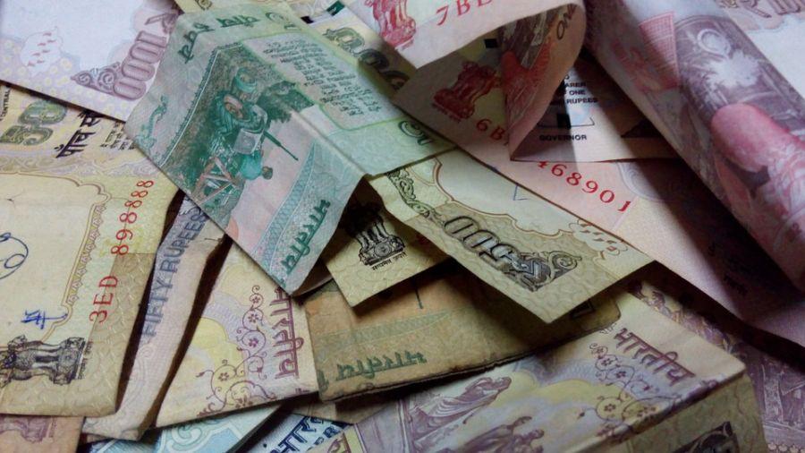 【更新】震撼彈!印度總理打擊黑金抗貪腐 鈔票一夜變廢紙