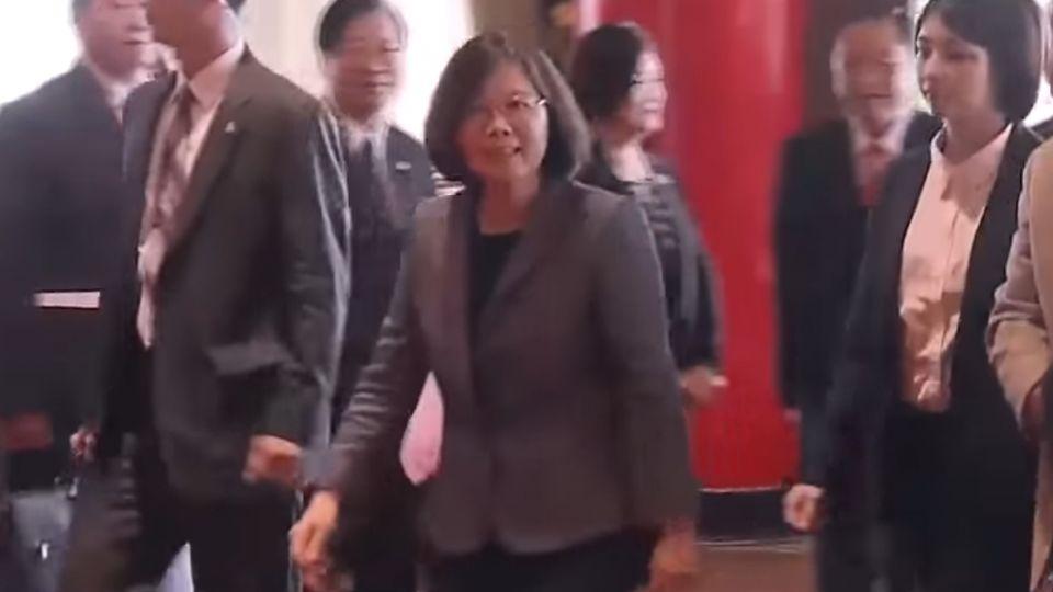 創黨30周年重返圓山 總統:走過街頭 知傾聽
