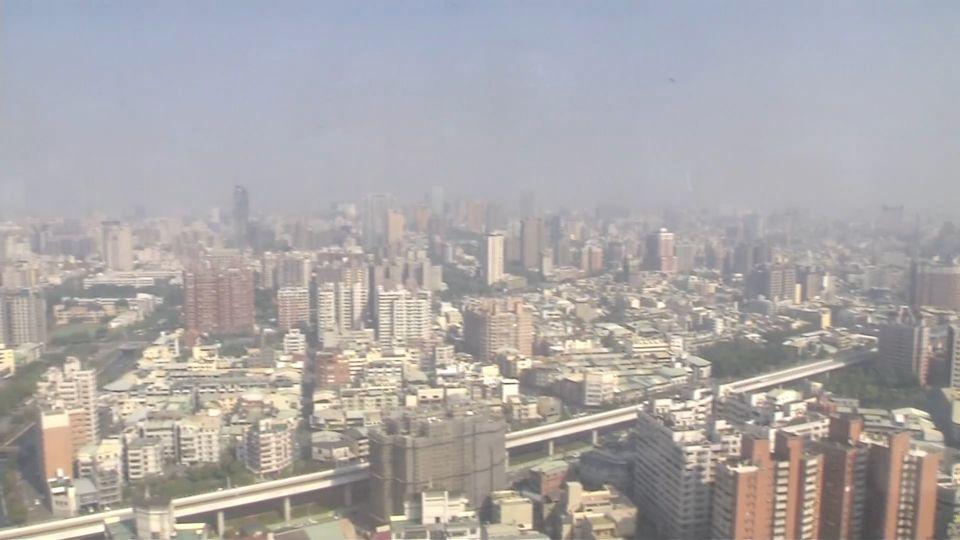 大氣擴散不佳 中南部9測站PM2.5「一早就紫爆」