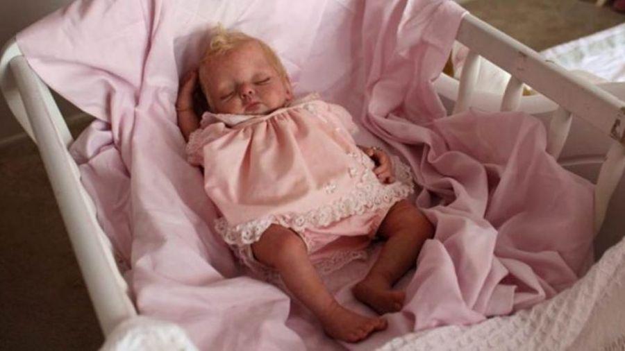 【影片】真假難辨!英格蘭女神奇魔手 讓250娃「起死回生」
