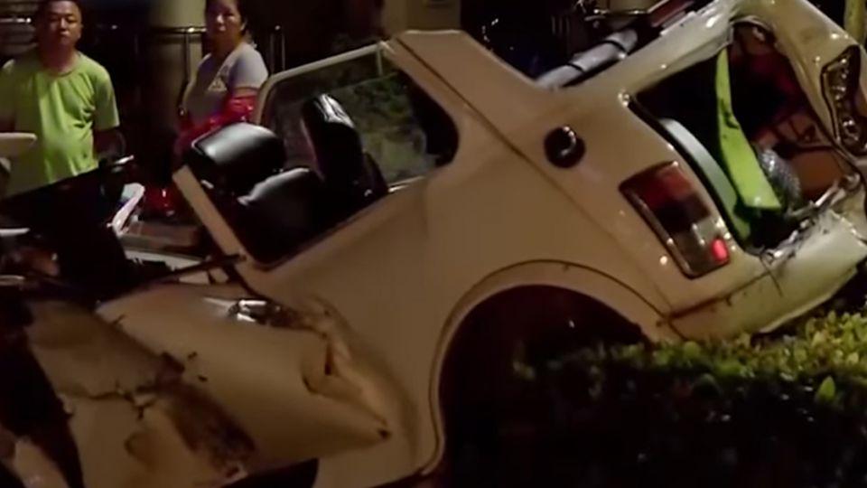 闊少名車酒駕競速撞4車 害女駕駛重傷愛犬亡