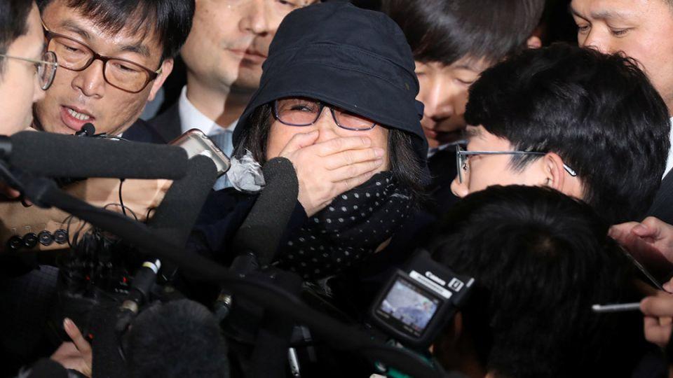 【端傳媒】南韓檢方就「親信門」正式起訴崔順實,總統朴槿惠被列作疑犯