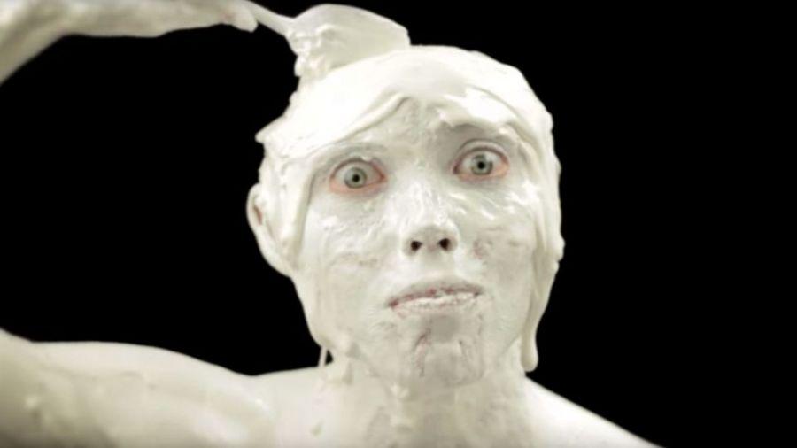 【影片】小心千萬別獨自看!五大詭異廣告包你「頭皮發麻」