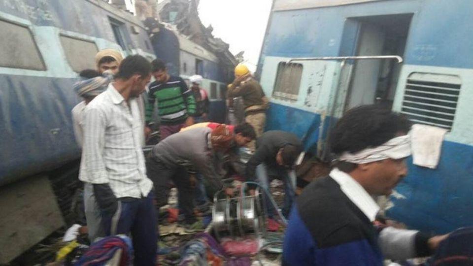 印度火車出軌120死 乘客熟睡來不及逃生