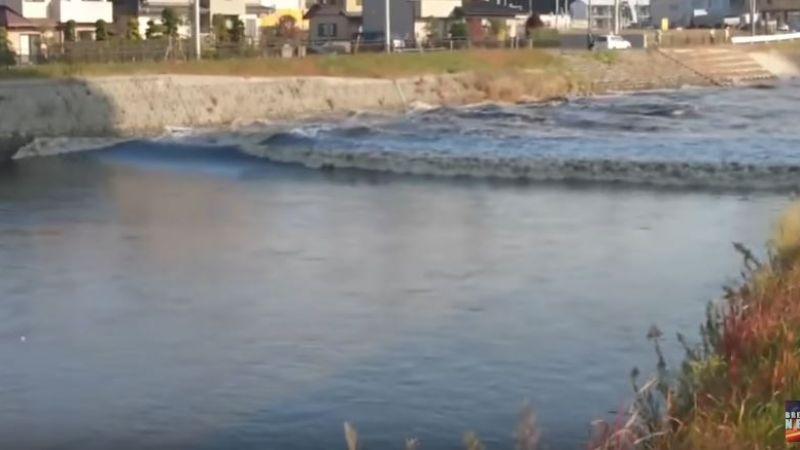 【影片】日本福島7.4強震!河川驚見「逆流川」異象