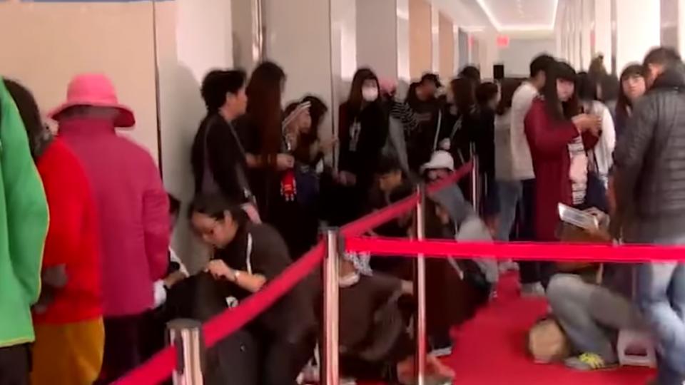平價服飾亞洲最大旗艦店進駐 排隊19時搶好康