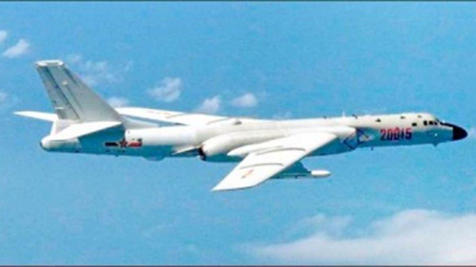 共軍軍機繞飛台灣一圈 國軍未起飛攔截