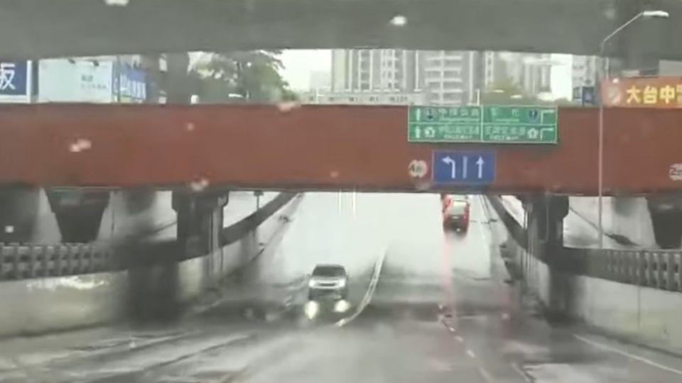 台中鐵路高架化 24處地下道預計2018年填平