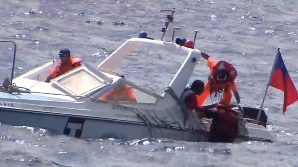 海巡太平島人道救援操演 宣示我國主權