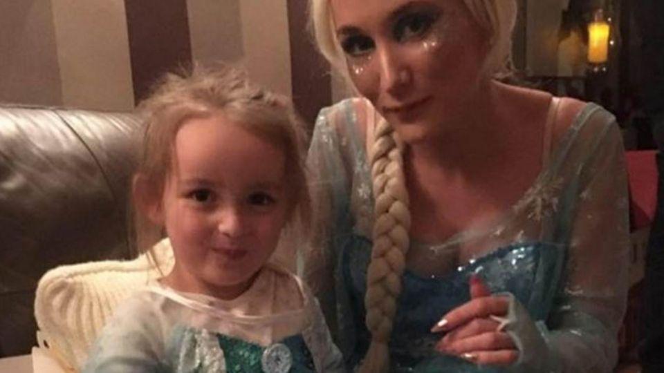 想帶女兒去迪士尼!臉書募得圓夢金 癌母感動淚謝好心人