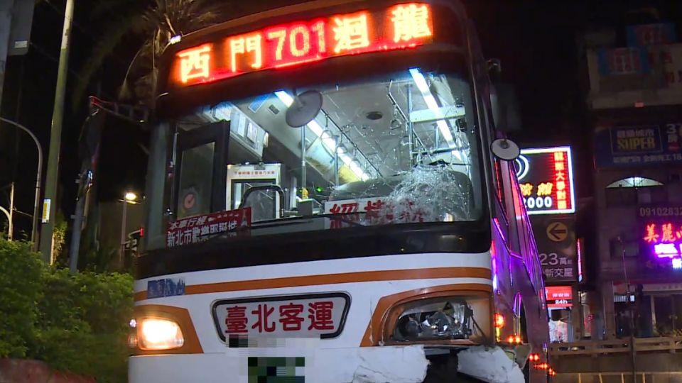 死亡車禍! 公車違規左轉撞飆速機車 騎士身亡