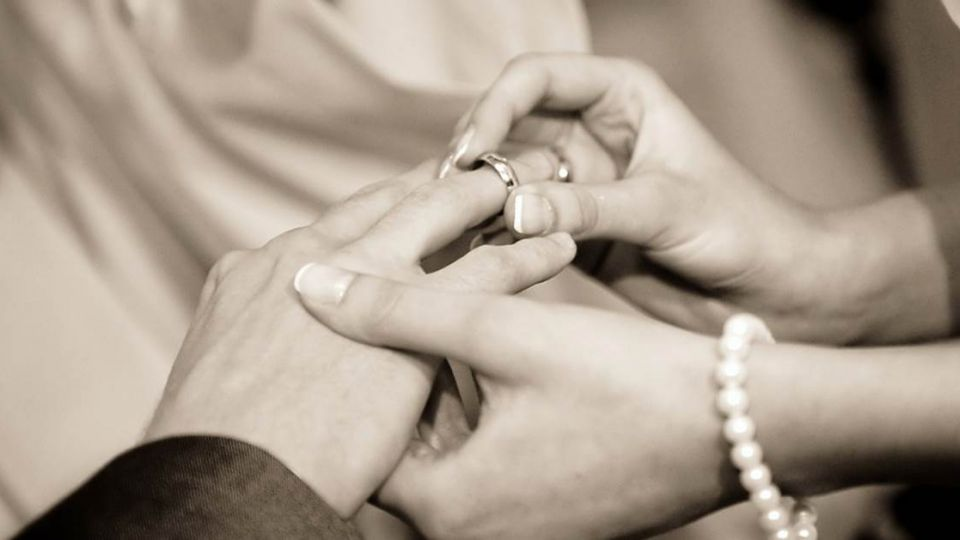 新郎不是你!步上紅毯前新娘悔婚 原因:我愛上你爸了