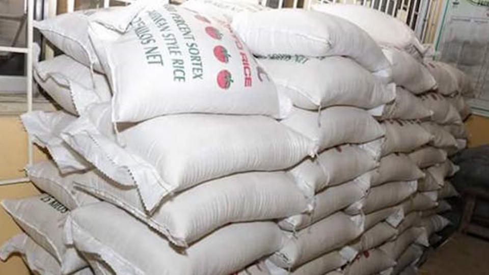 比白米還黏稠!?網路盛傳陸「塑膠米」 農委會影片澄清