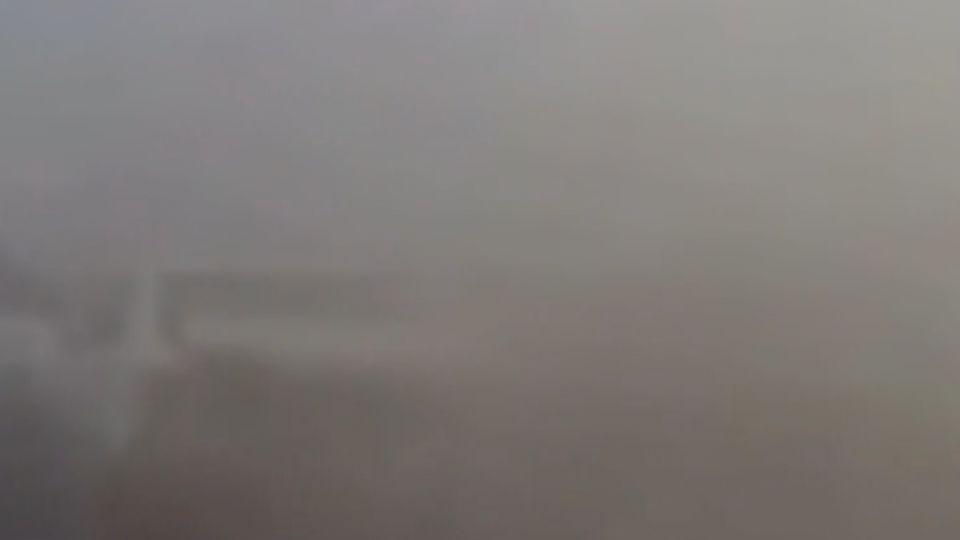 霧霾天高速路追撞全都錄 網友驚:超恐怖