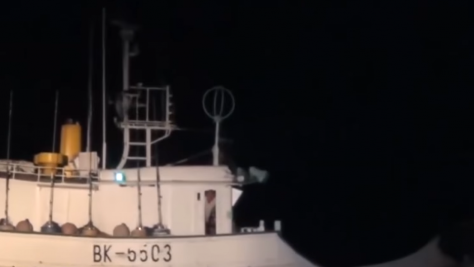 海巡署押解偷渡客疏失 人犯脫手銬開車窗逃逸