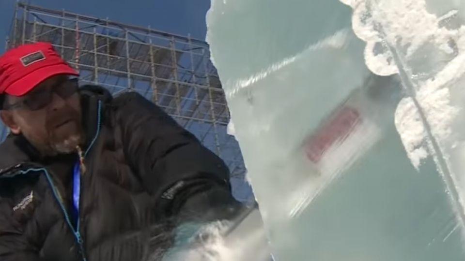 走進銀白世界!一窺冰雕、雪雕師創作過程