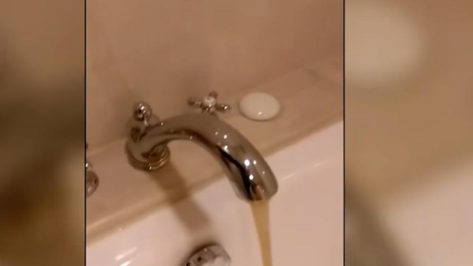 花7千入住五星酒店 泡澡竟流黃水 顧客氣炸