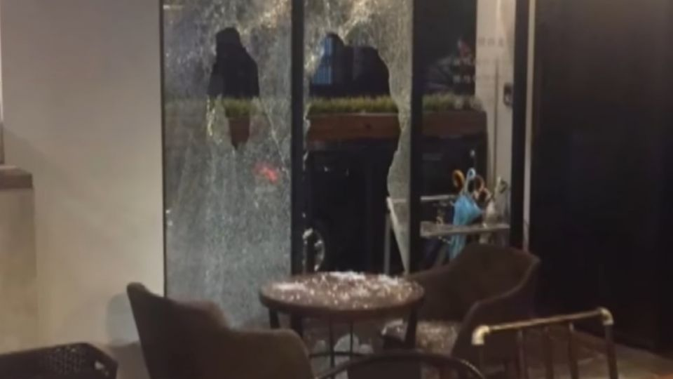 嚇!「兒童座椅」爆糾紛 客竟撂人砸咖啡店