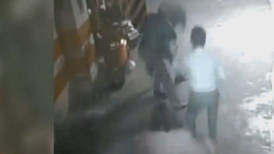 長按電梯掀戰!知名電器廠總經理遭控毆老鄰