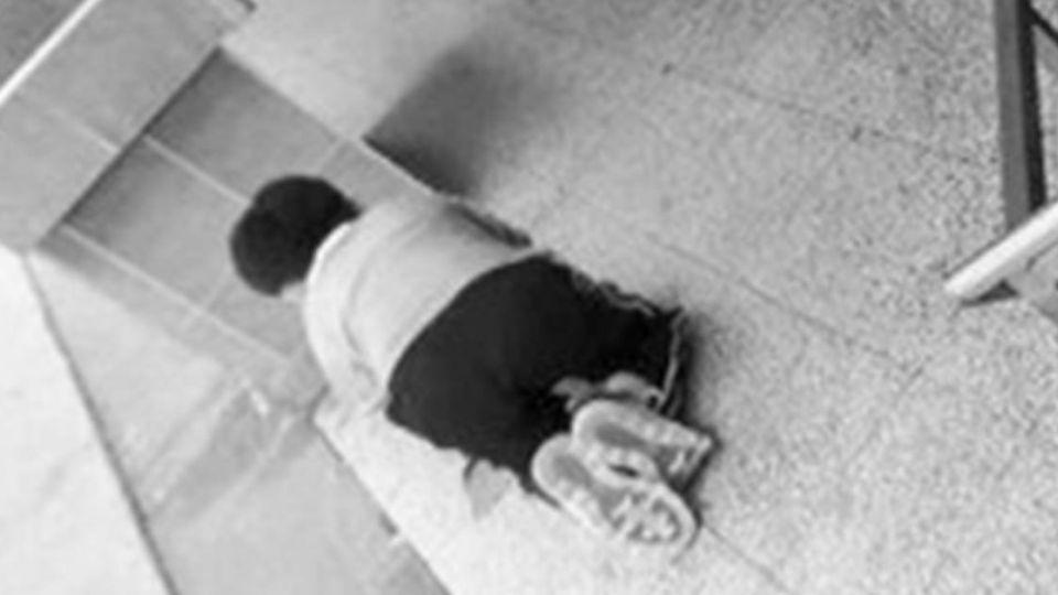 沒相機交不出作業!男童罰跪擦55坪地板 校方扯:機會教育