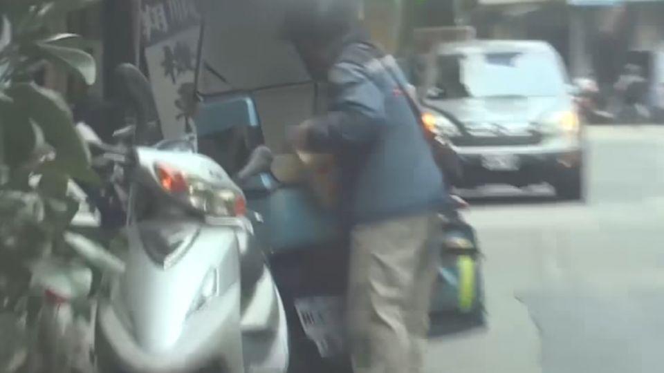 「幫我抓偷車賊」 快遞機車遭竊 店員幫逮人
