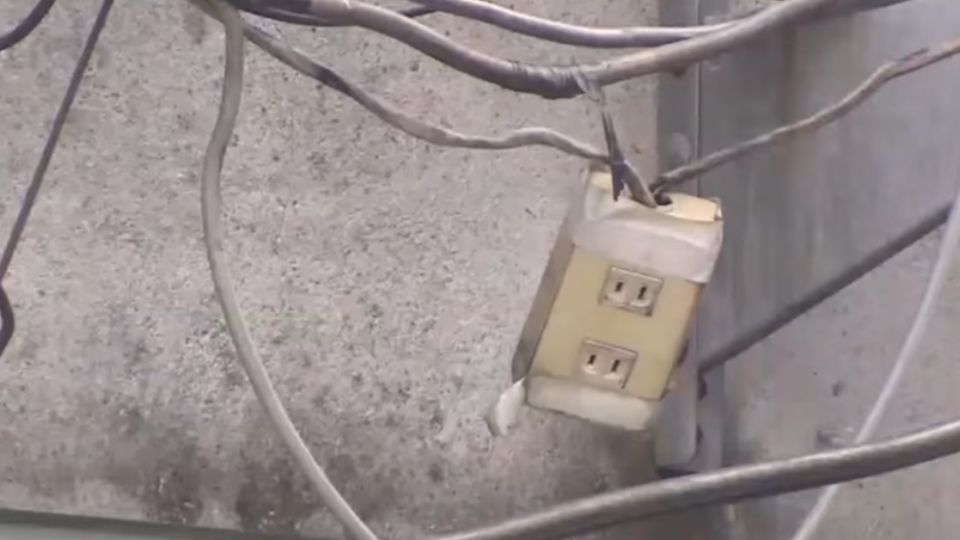 「積污導電」易釀災 商圈延長線「亂爬」藏危機