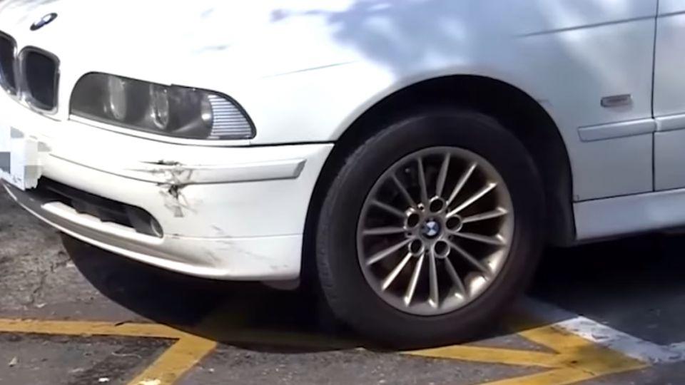 路邊停車最囧! 前後停太近 想出來得慢慢挪
