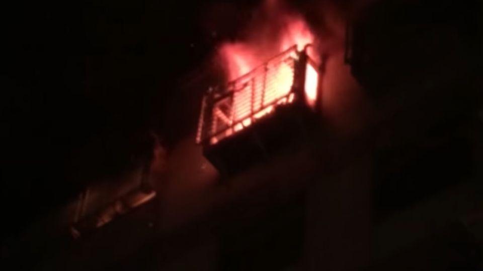 蘆洲大樓暗夜火 父子嗆死一家4口2死2傷